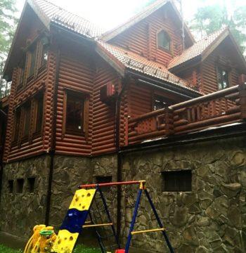 Дом 500 кв.м 35 соток п.Ильинский из бревна