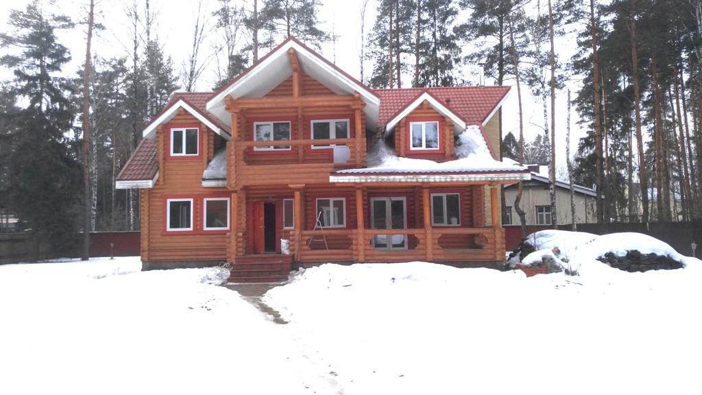 Дома из бревна п.Ильинский